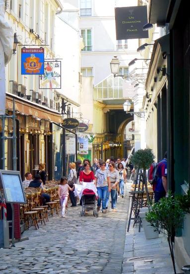 P1020086_Paris_VI_Cour_Cour_du_Commerce-Saint-André_reductwk